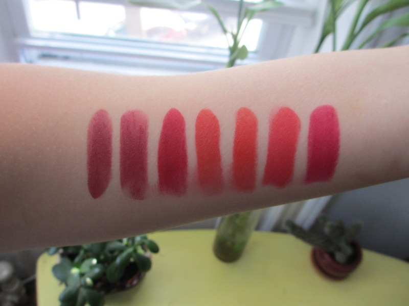 red lipstcik swatches