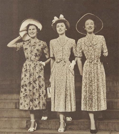 1950s Adelyn Spring Floral Dresses