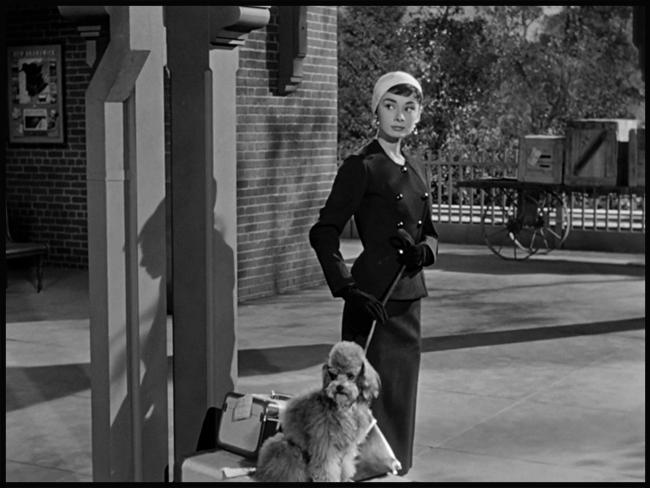 Audrey-Hepburn-Sabrina-1