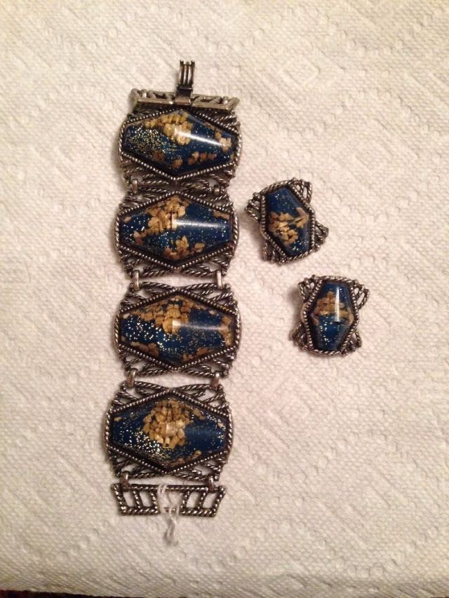 1950s jewelry set