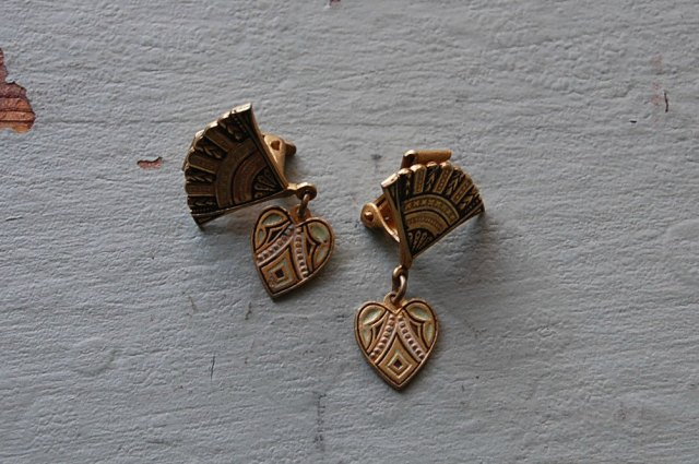 Spanish 1940s earrings